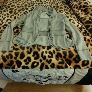 Woman's sweatshirt/jacket